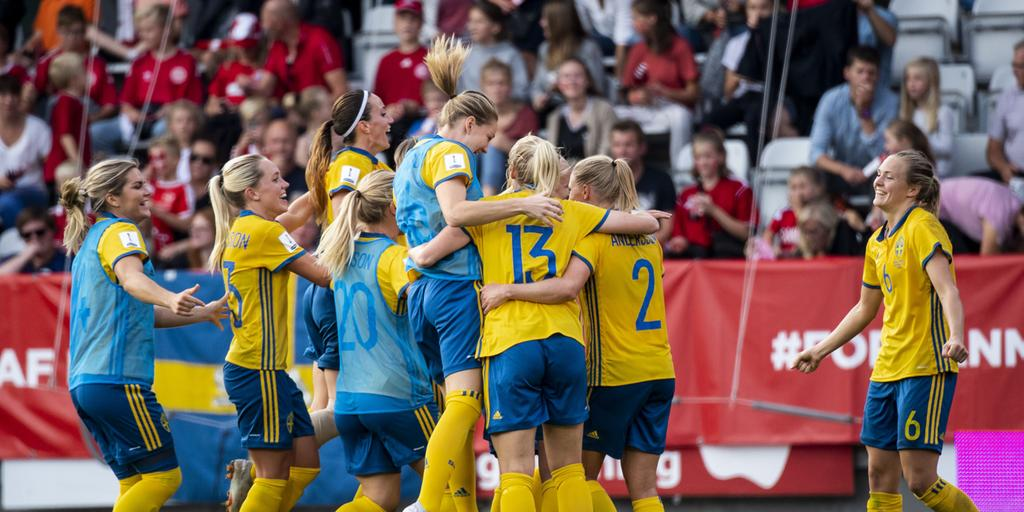 I juni spelar Sverige fotbolls-VM i Frankrike. . Bild  LUDVIG THUNMAN ff0258424375f