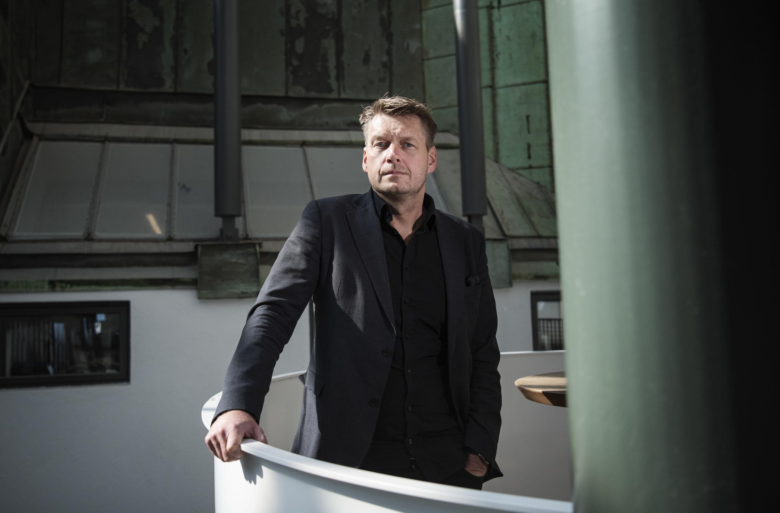 0afec7f0f7a6 Han skapar kostymer till näringslivets toppar – av petflaskor |  Göteborgs-Posten - Ekonomi