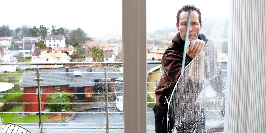 tvätta fönster med yes