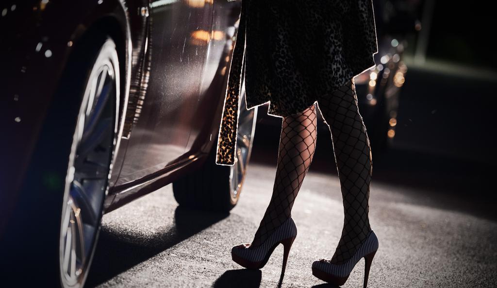 kvinnor i sverige söker kille kvinnor söker sexträffar dagtid ljungby