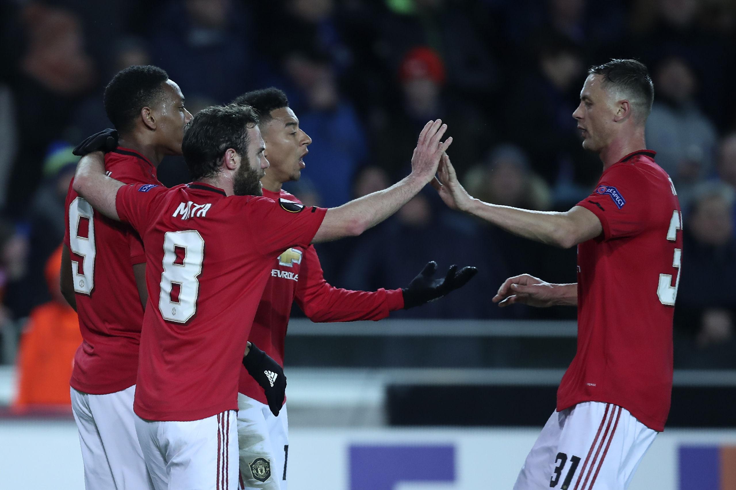 United kryssade i regnigt Belgien