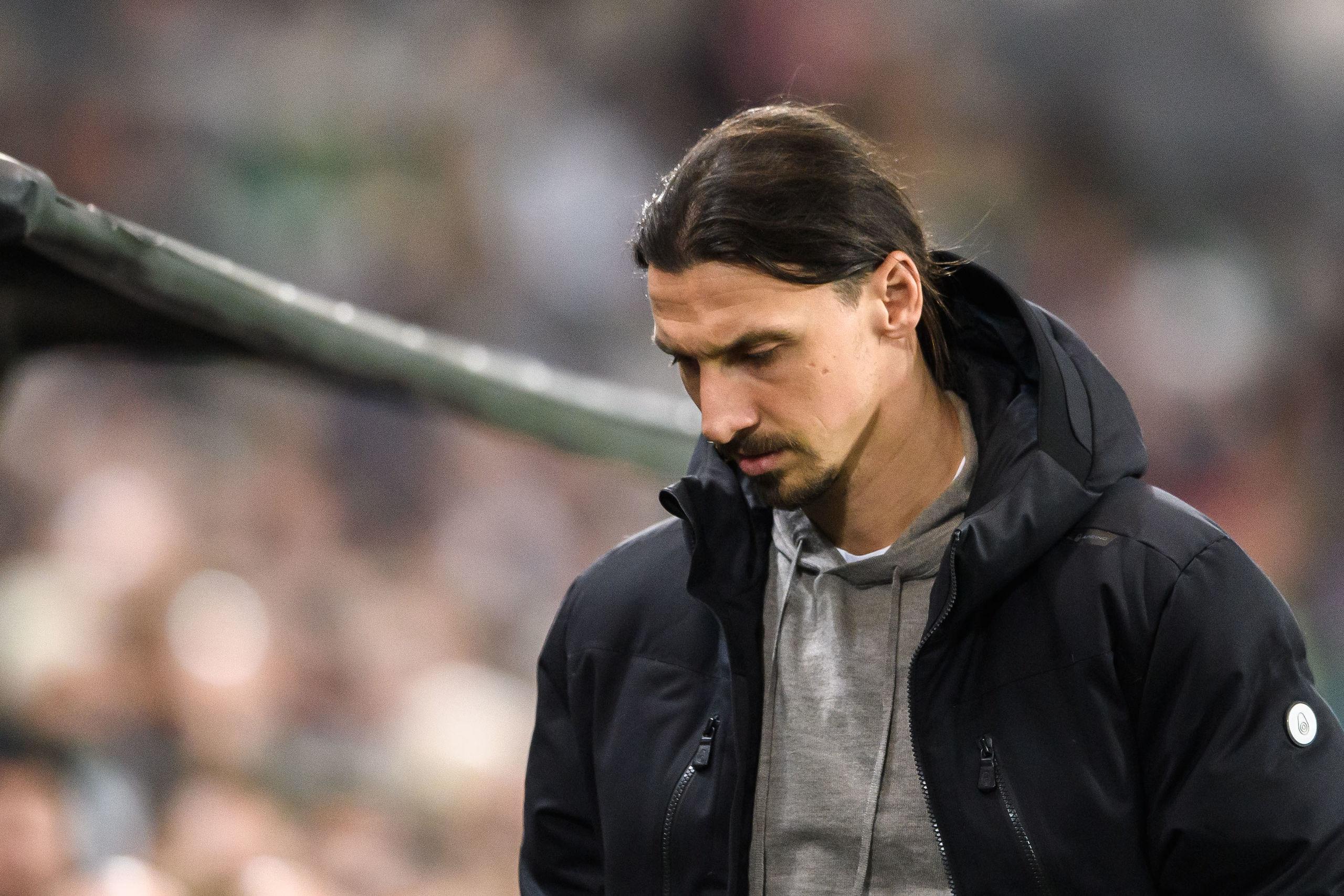 """Zlatan: """"Tragiskt att fotbollsligorna stänger ner"""""""
