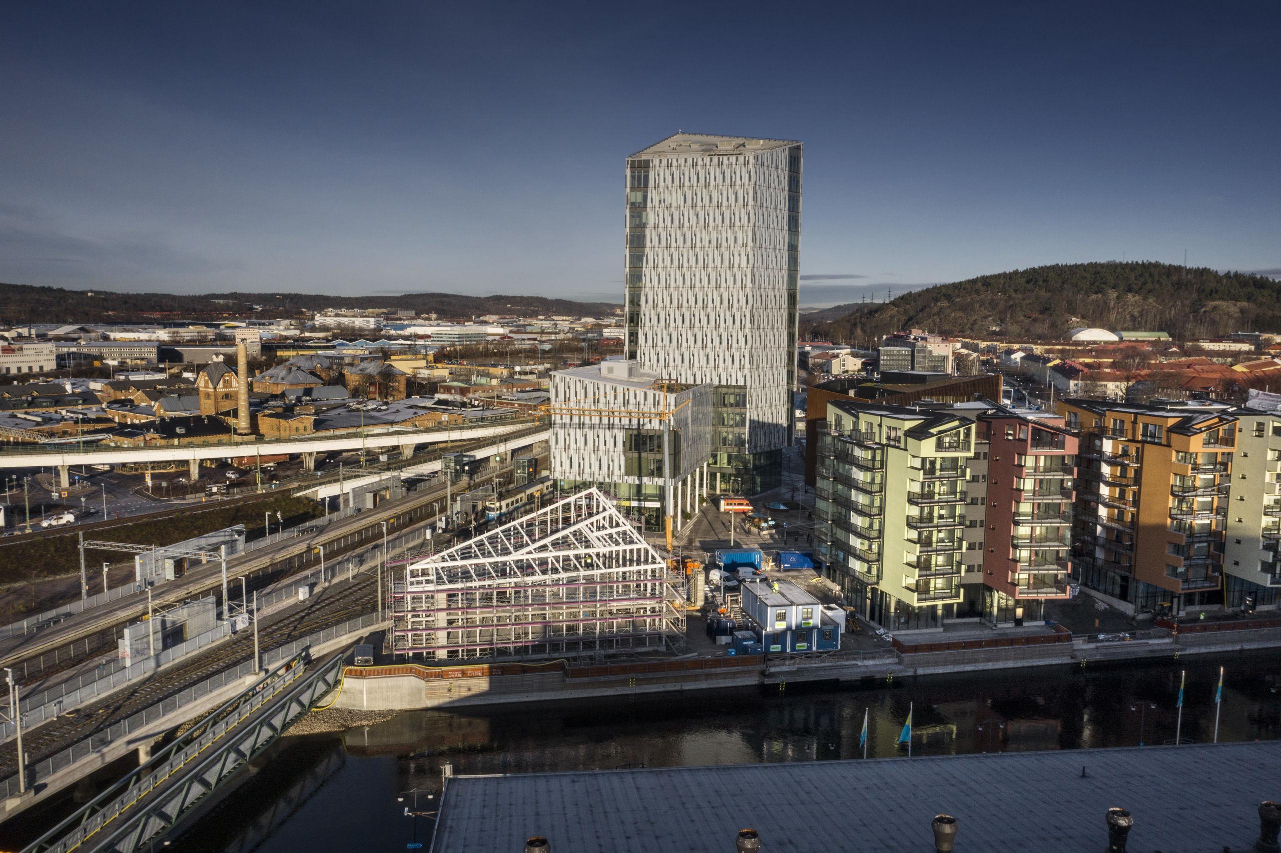 Bostadspriserna skenar i Göteborgs förorter