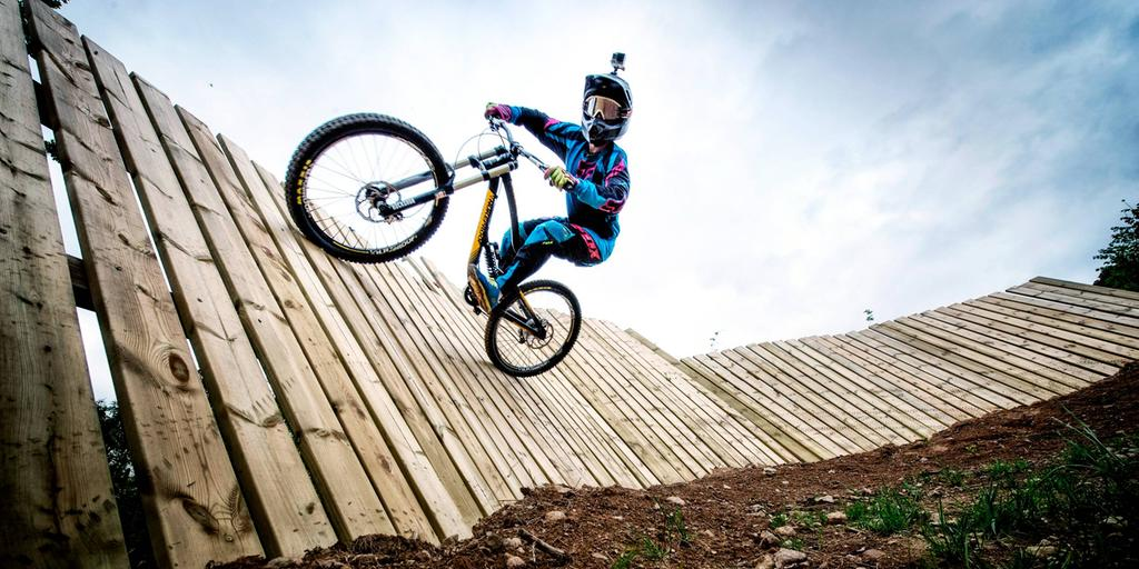 köpa downhill cykel