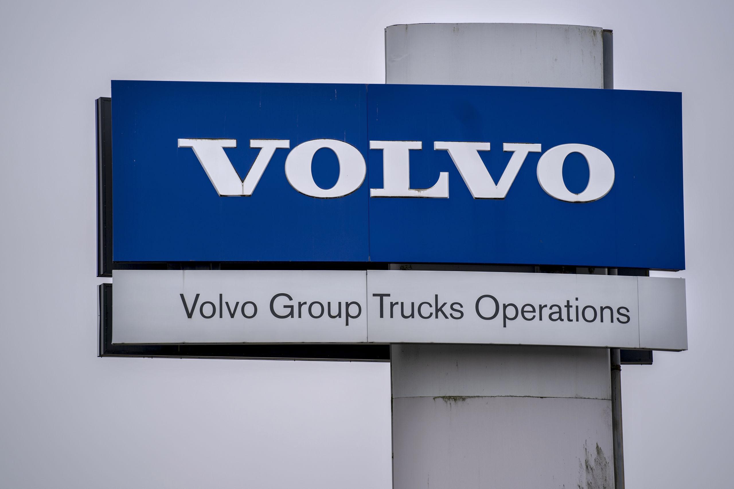 Volvokonsulter får gå omedelbart