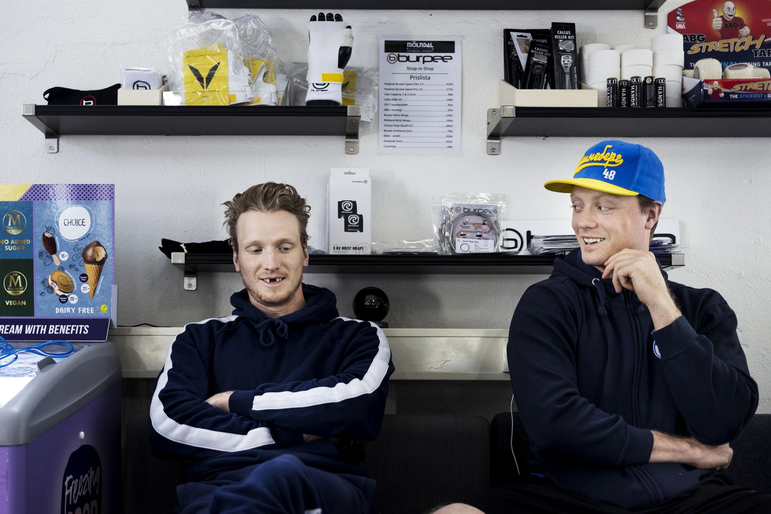 Bröderna Klingberg lever barndomsdrömmen – tjänat stora pengar på sin hockey