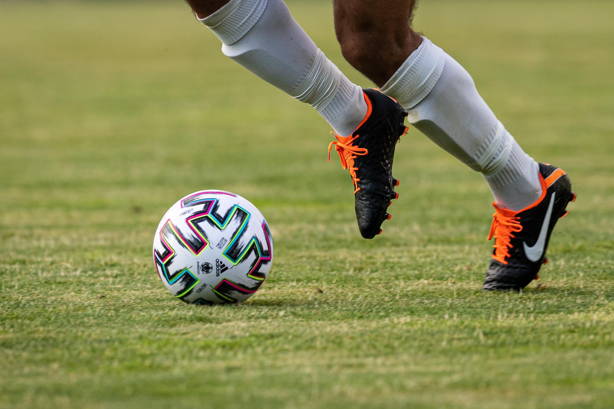 Göteborgsfotbollen tillåts spela för publik