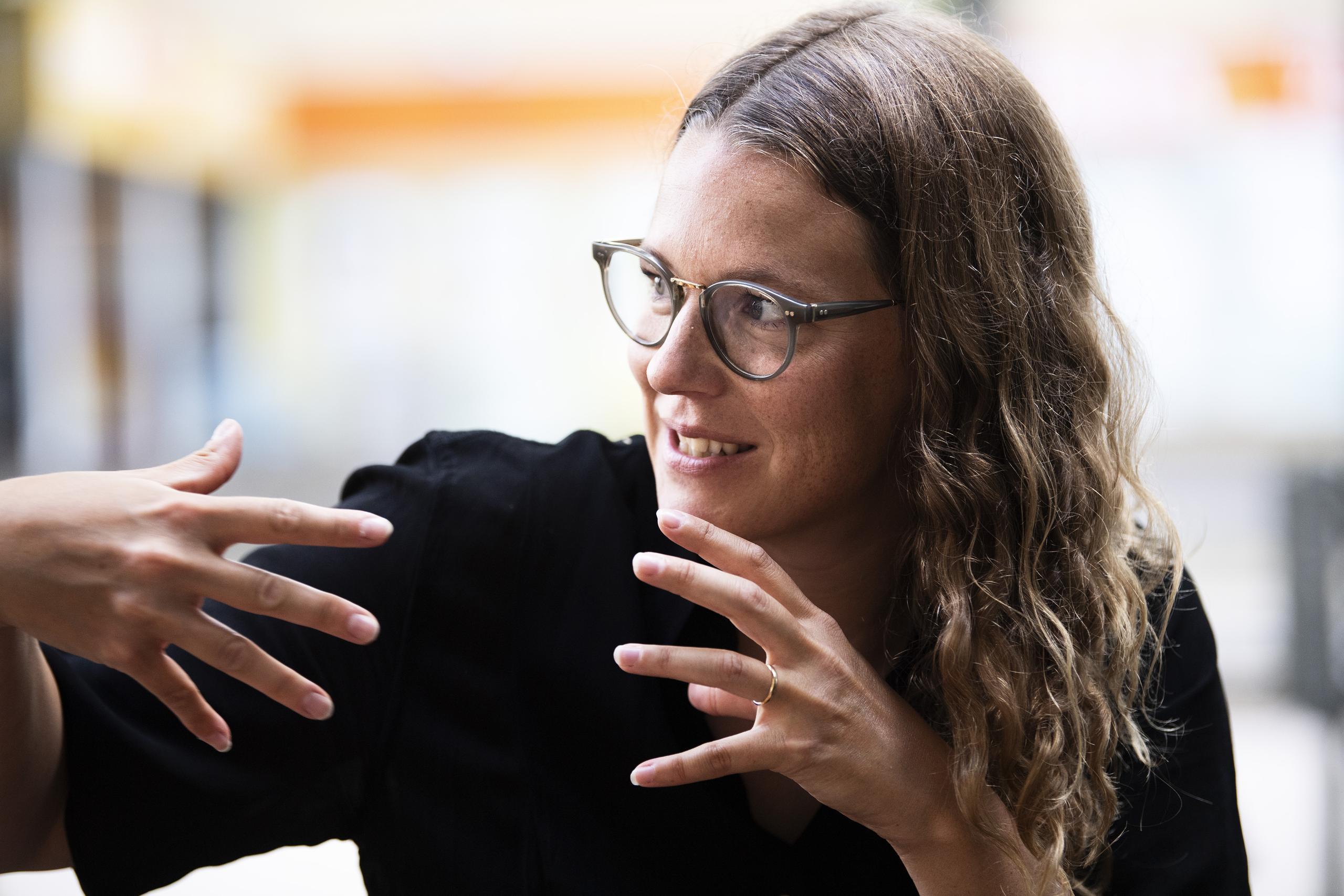 Josefin Neldén om att spela psykiskt sjuk mamma