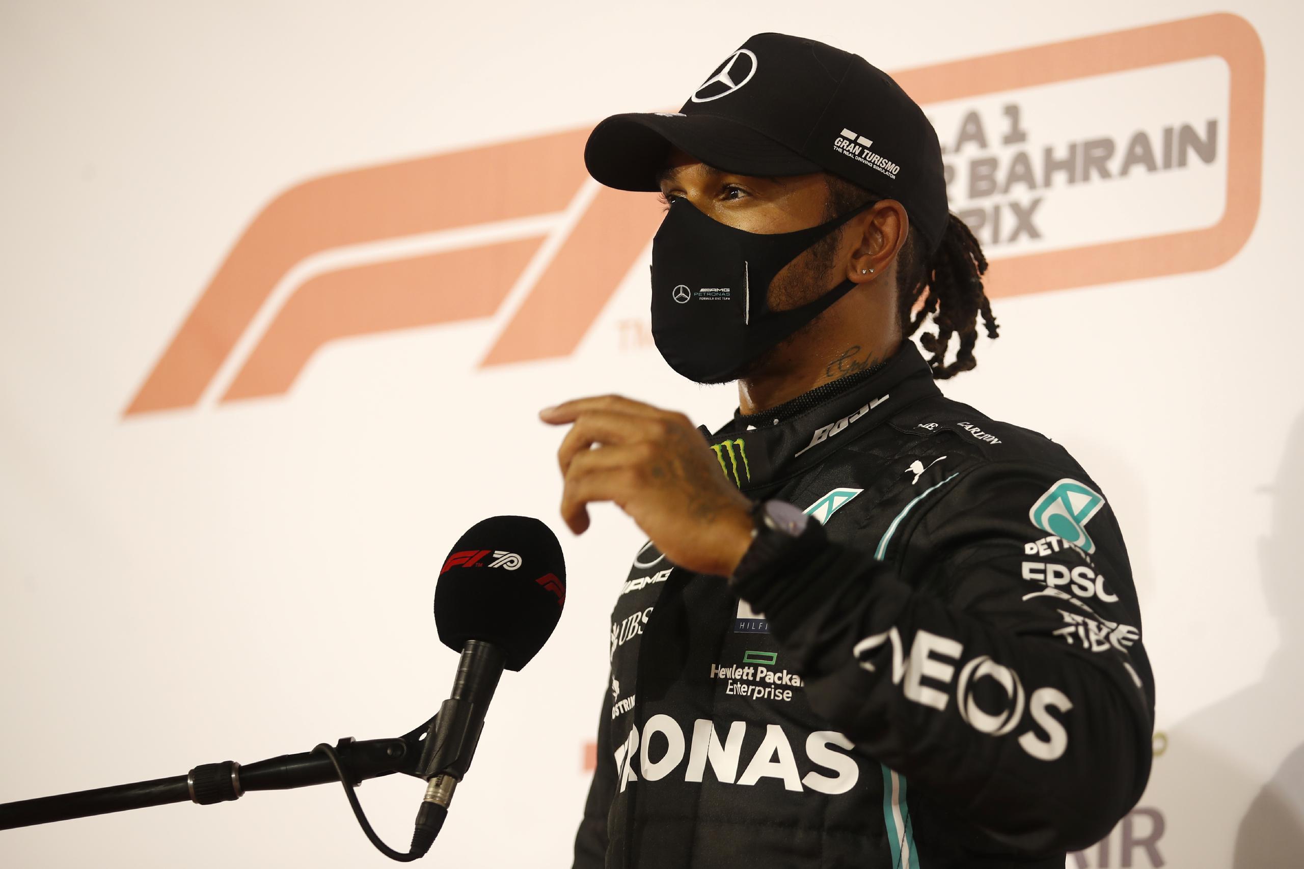 Lewis Hamilton drabbad av corona