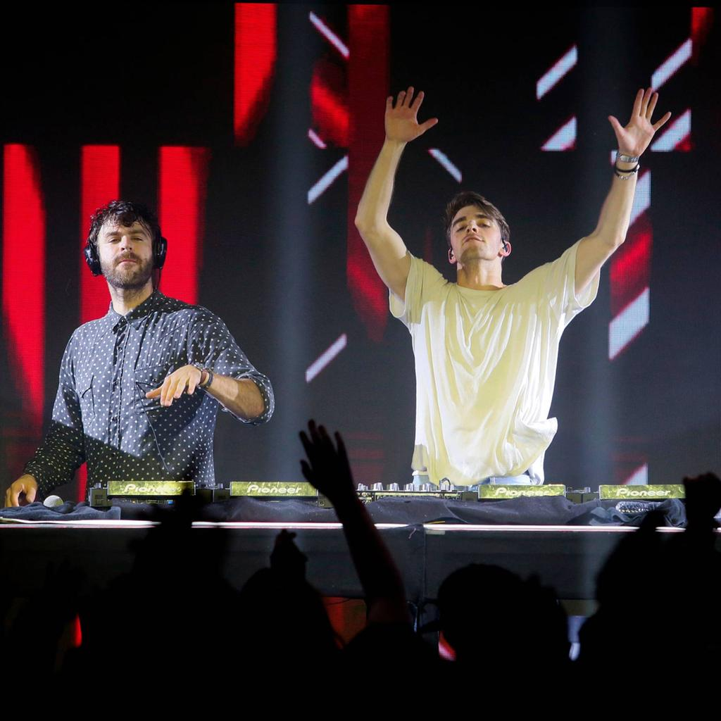 170520-chainsmokers-469562_se.gp_1.jpg