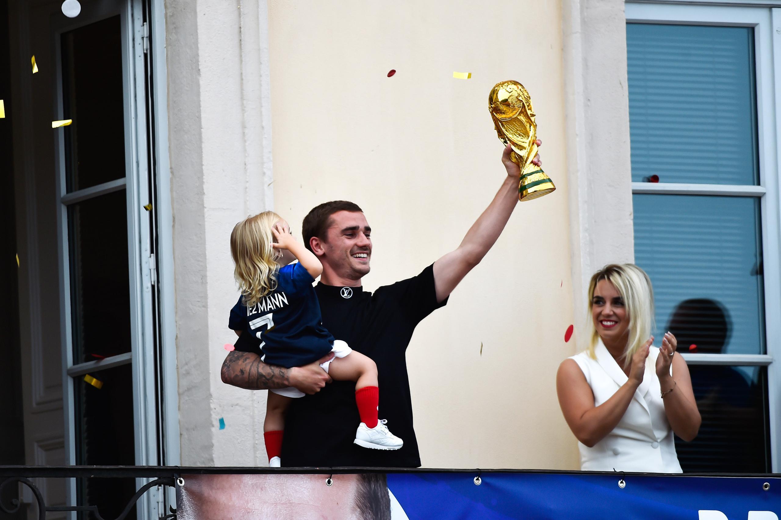 Antoine Griezmann har fått tre barn på samma datum – olika år