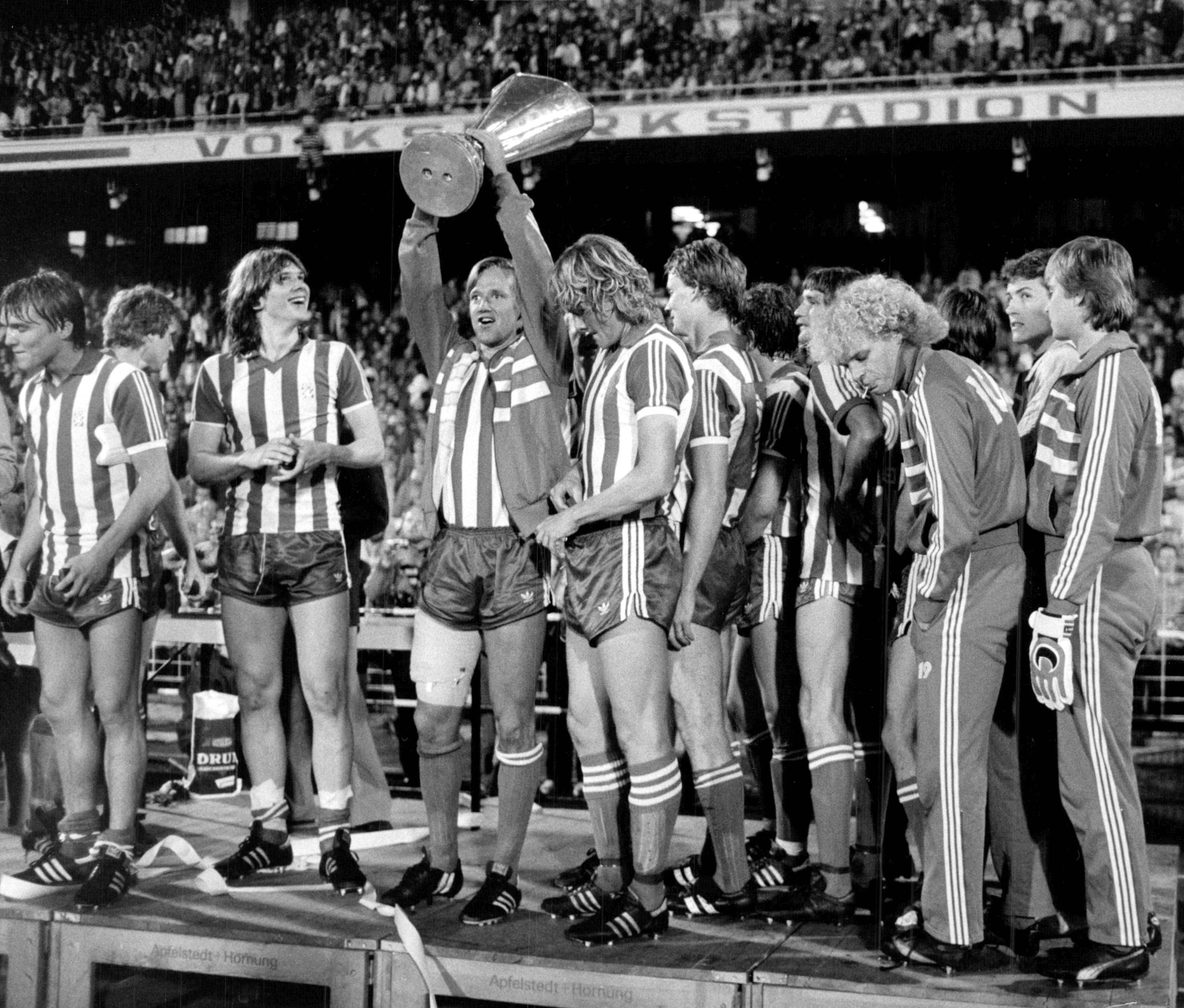 När blev fotboll schejkernas kamp?