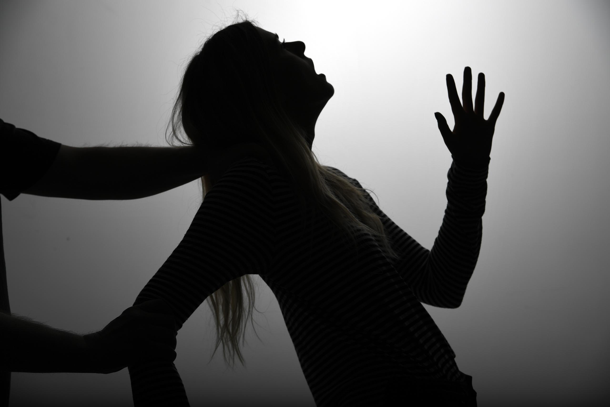 Mäns våld mot kvinnor är ett akut samhällsproblem