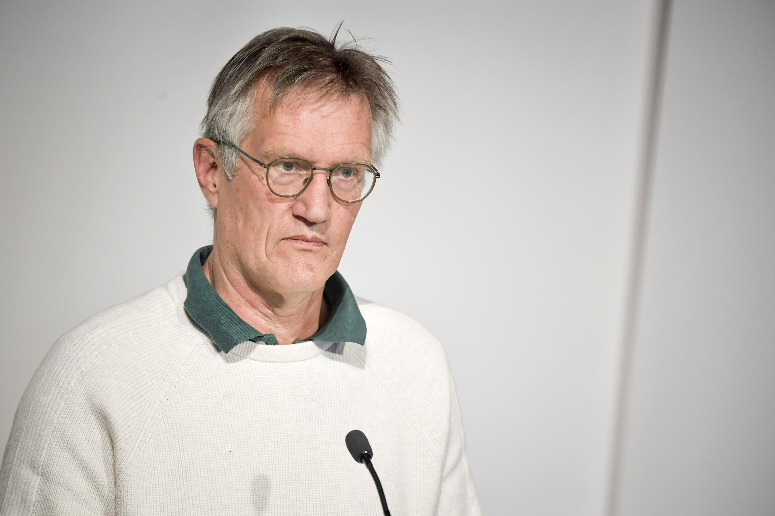 Knappt 6 000 vaccinerade i Sverige fick covid-19