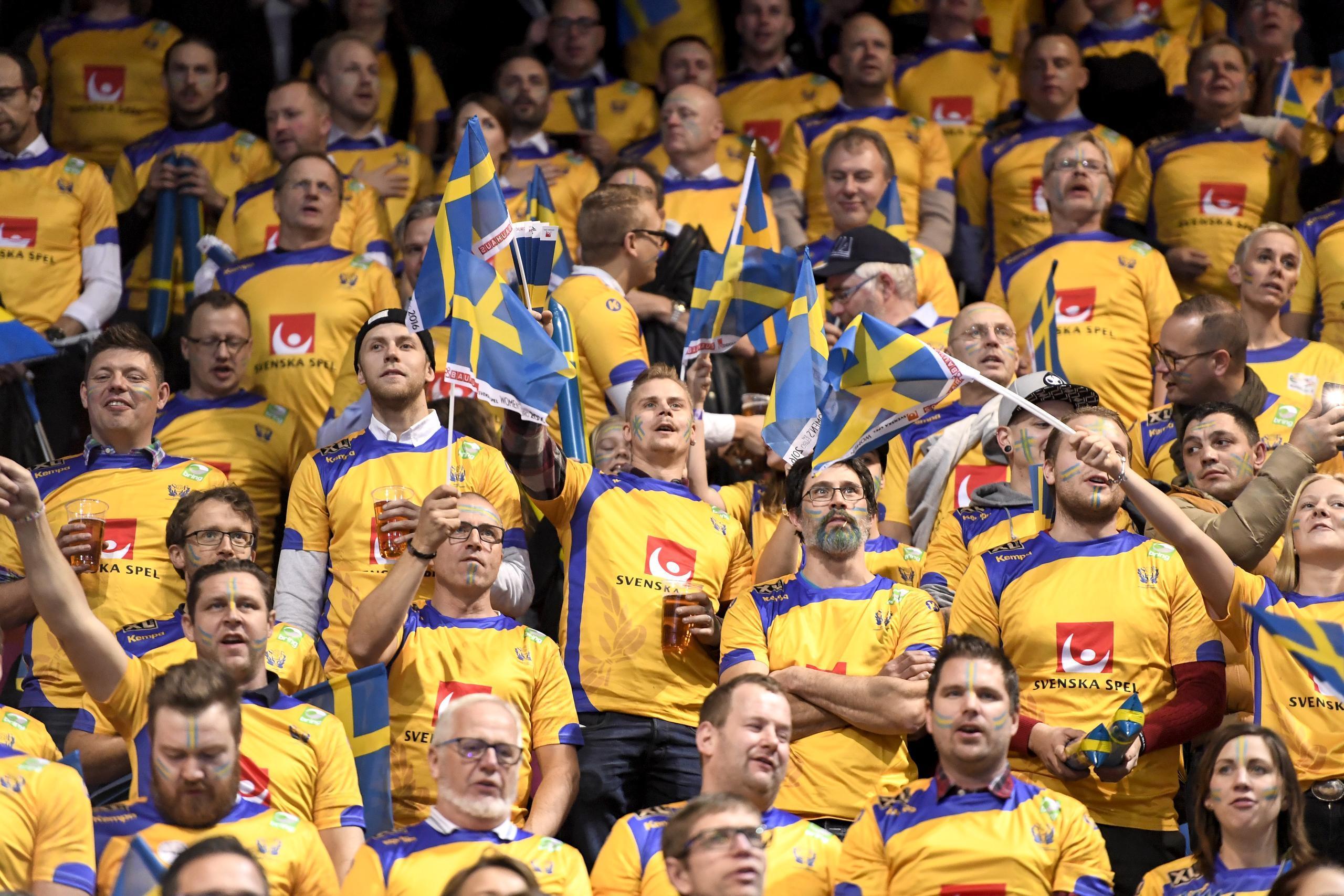 Sverige söker dubbla handbolls-EM – tillsammans med Norge och Danmark