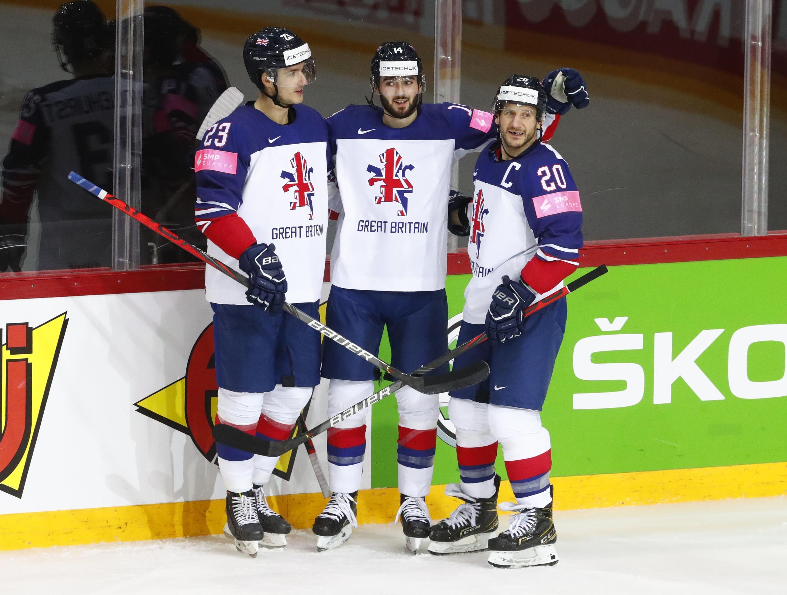 Spelade i Hockeyettan i höstas – nu leder han VM:s skytteliga
