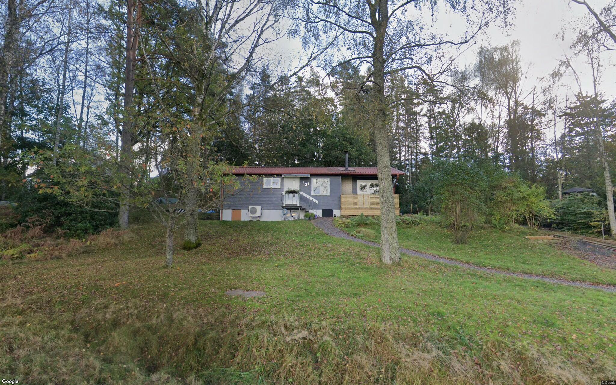 Huset på Furubergsvägen 31 i Hällingsjö sålt för andra gången på kort tid