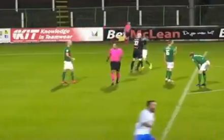 Glentorans målvakt slog ner sin egen spelare – visades ut
