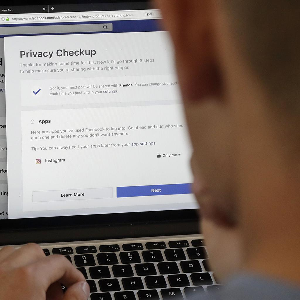 Facebook+Privacy+Scandal+Privacy+Settings