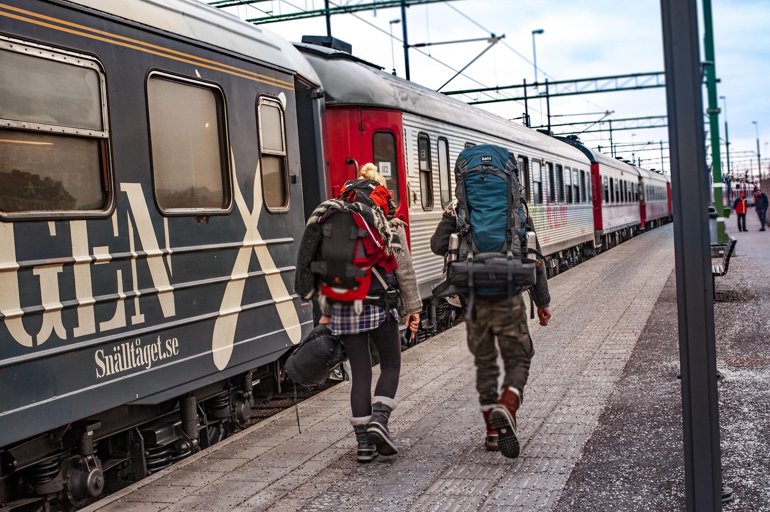 tåg stockholm rom