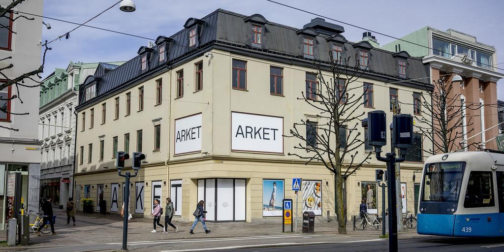 Arket planerar att öppna sin första Göteborgsbutik i Wallenstams lokaler i  korsningen Kungsgatan Östra Hamngatan. Där hade H M s huvudkonkurrent  Inditex ... f83c1875ae85e