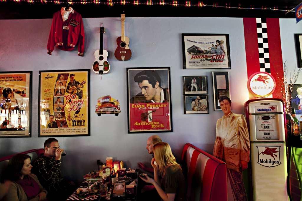 String rockabilly och hamburgare g teborgs posten - Rockabilly fotoshooting hamburg ...